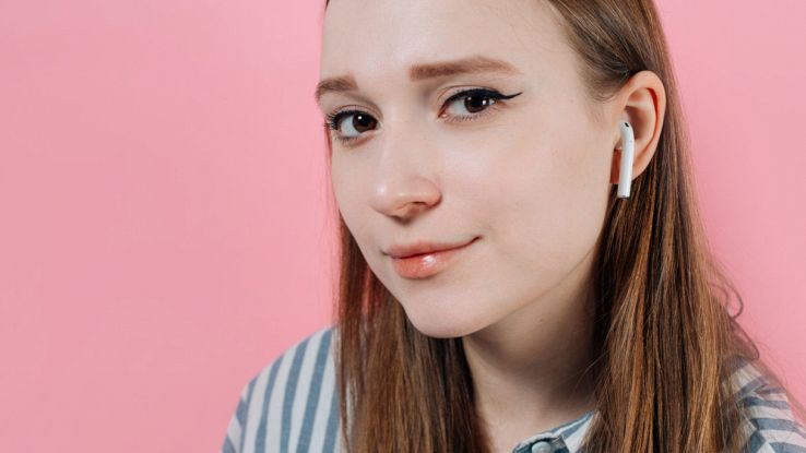 airpods teenager