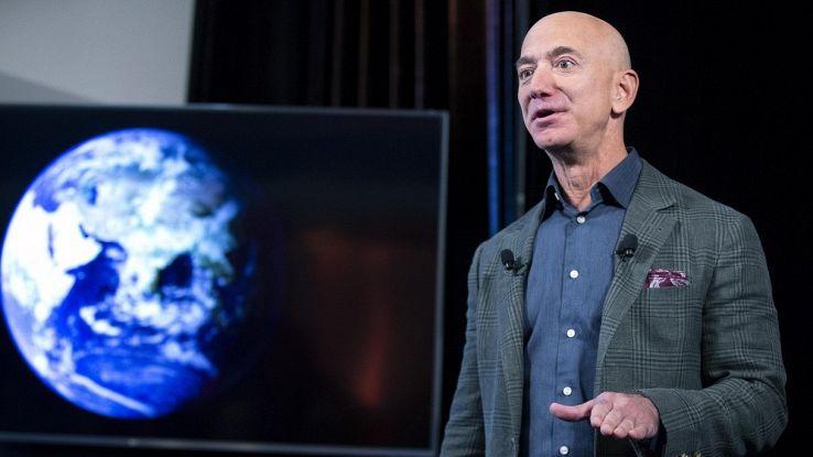 Bezos vuole salvare la Terra: cifra da capogiro per lo stop al cambiamento climatico