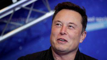 Musk vs Bezos, battibecco infinito: perché continuano a litigare sulla NASA
