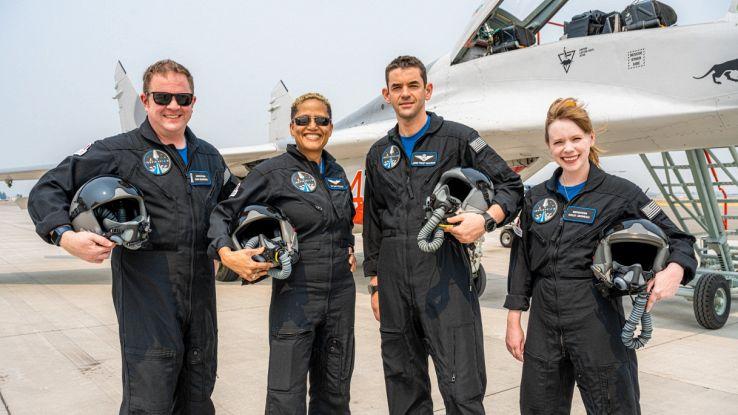 Crew Dragon, i 4 civili sono pronti per lo Spazio