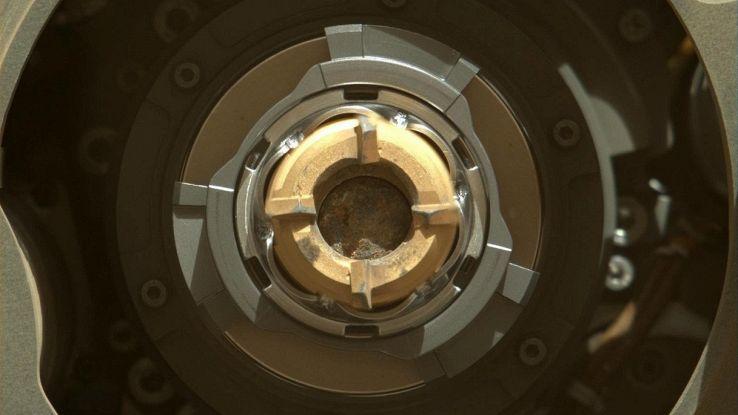 La NASA ha perforato alcune rocce su Marte: quali segreti nascondono