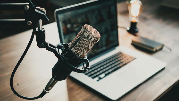 come scegliere il miglior microfono per podcast