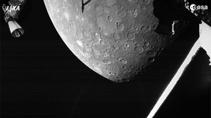 La prima foto di BepiColombo, la navicella europea finalmente su Mercurio