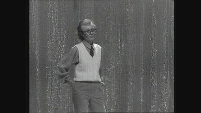 1981: Loretta Goggi è Woody Allen a Hello Goggi
