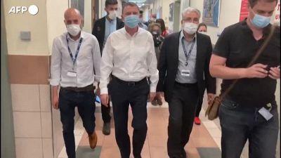 Tragedia monte Meron, il ministro della Salute israeliano visita i feriti