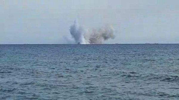 Tragedia all'air show, l'Eurofighter si schianta in mare