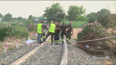 Travolti e uccisi dal treno