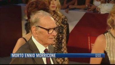 Breaking News delle 21.30 | Morto Ennio Morricone
