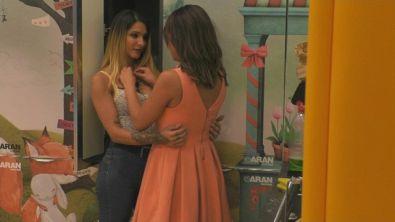 Erica e Francesca: segreti tra amiche?