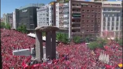 Liverpool, marea rossa a Madrid