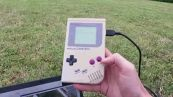 Ecco come pilotare un drone con un game boy