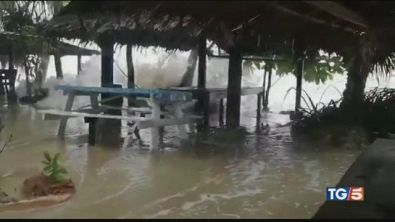 Violenta tempesta tropicale in Thailandia