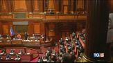 Il Dpcm scontenta tutti e fa tremare il Governo