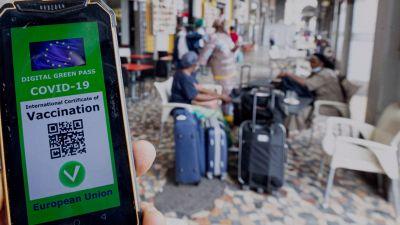 Green Pass: come funziona l'app per i controlli