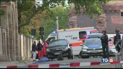 Terrore in Germania assalto alla sinagoga