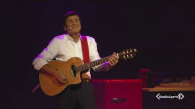 Gianni Morandi torna sul palco
