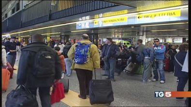 Lamezia Terme, arrestati i vertici dell'aeroporto