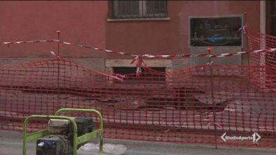 Si apre una voragine in centro a Roma