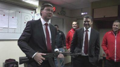 Russia, Kononov migliore in campo: il premio è un AK-47