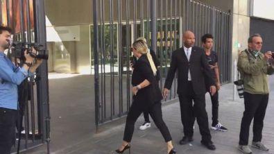Icardi, Wanda Nara entra nella sede Psg