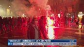 Breaking News delle 09.00 | Proteste contro le restrizioni