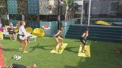 Soleil e Miriana fanno surf