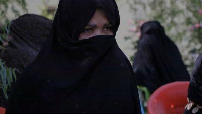 Sharia dei talebani: cos'è e cosa rischiano le donne in Afghanistan