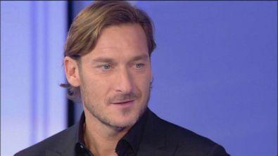 Francesco Totti entra in studio