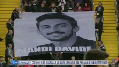 Udinese-Fiorentina, con Davide Astori nel cuore