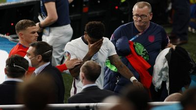 Di nuovo l'ombra del razzismo sul calcio
