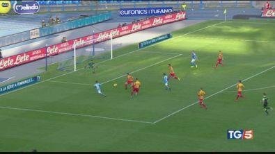Napoli crolla in casa, stasera derby a Milano