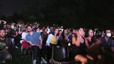 Europei, Italia campione: l'esplosione dei tifosi dopo il rigore decisivo