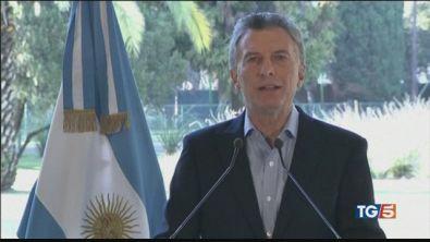 Argentina, nuovo crollo del peso