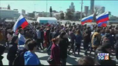 Proteste anti-Putin, scontri e arresti
