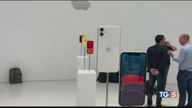 Presentato il nuovo I-phone