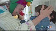 Patch Adams, il medico del sorriso, compie 75 anni