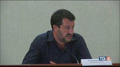 Salvini all'attacco. Maggioranza divisa