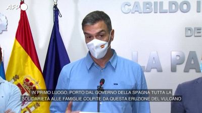"""Eruzione vulcano, Pedro Sanchez: """"Le risorse della Spagna a vostra disposizione"""""""