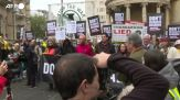 Londra, manifestazione contro l'estradizione di Julian Assange