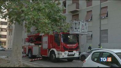 Esplode appartamento otto feriti a Milano