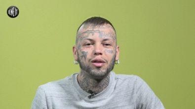 """""""Ho un mitra tatuato sulla fronte e ora non trovo lavoro"""""""