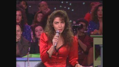 """Cristina D'Avena canta """"Cri Cri"""" a Buon Compleanno Canale 5"""