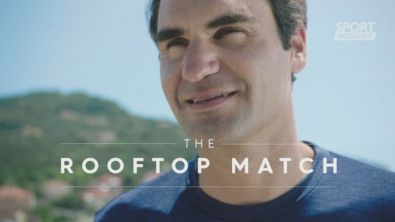 Federer palleggia sui tetti di Finale Ligure