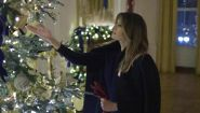 Melania Trump mostra gli addobbi di natale della Casa Bianca