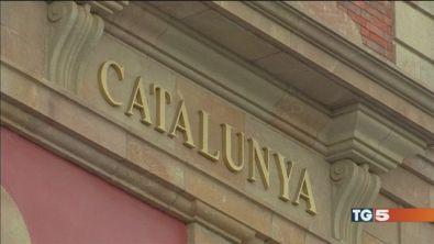 Catalogna ore cruciali, Madrid pronta a tutto