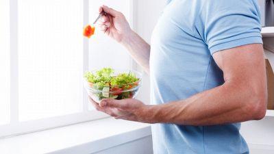 La dieta per chi accumula grasso nella parte superiore del corpo