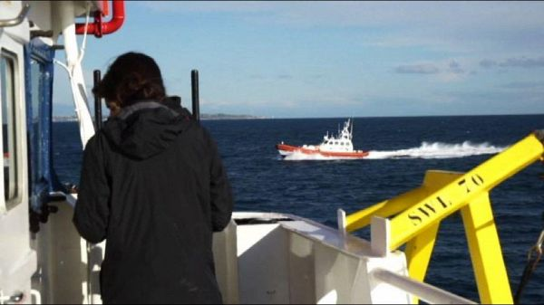 Sea Watch ancora bloccata in mare con 47 persone a bordo