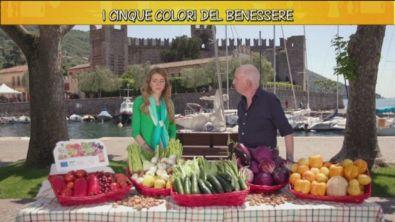La frutta e la verdura dei cinque colori del benessere