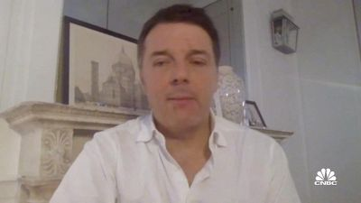 """Renzi: """"Draghi Premier? He's the best, the best, the best"""""""