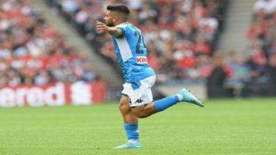 Show Napoli: 3-0 al Liverpool